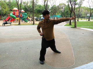 5 Mr Wut, Wisdom Tai Chi, demonstrating baji